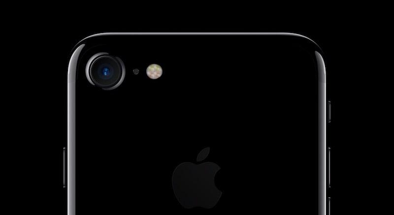iPhone खरीदने की है चाहत तो जान लें इन शानदार ऑफर के बारे में