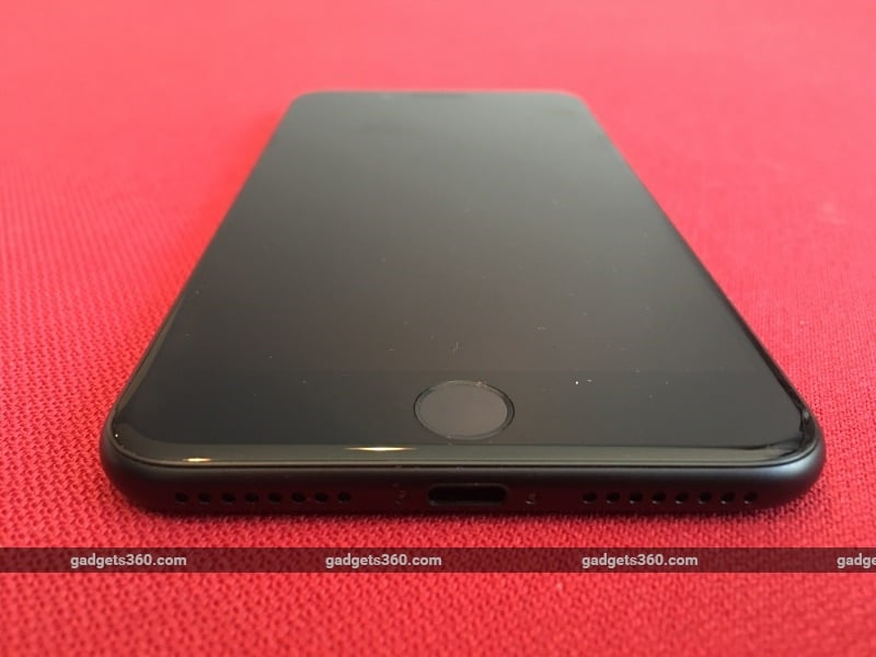 iphone 7 plus black unboxing. the new iphone 7 plus is both dust and water resistant. it comes as a first for series. iphone black unboxing