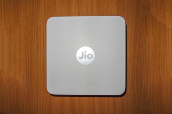 Reliance Jio Offers Double Data To JioFiber Users