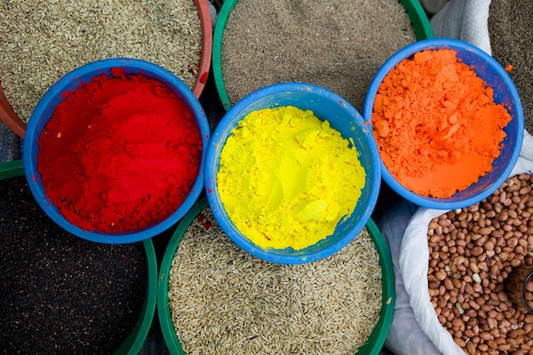 How to Make Organic Holi Colours at Home To Keep Your Skin Safe And Healthy