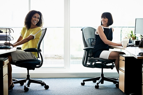 Best Revolving Chairs For Office: Longer Hours Of Comfort