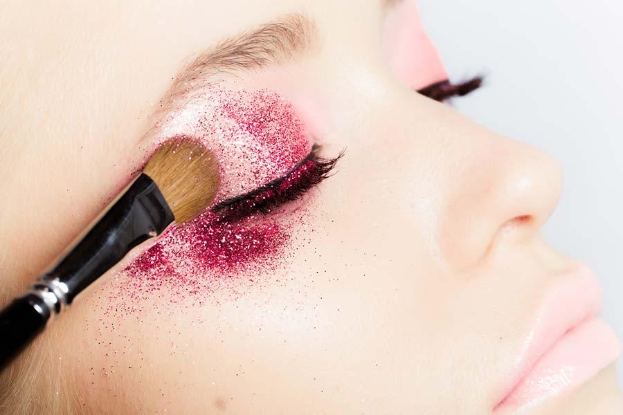 Glitter Eyeshadows: The Best of Dreamy Eye Makeup