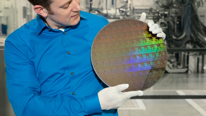 IBM Says This Breakthrough Will Breathe New Life Into Moore's Law