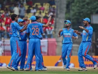 Google, Facebook, Reliance Jio Vie for India Cricket Media Rights