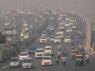Electric, Hydrogen Fuel-Powered Car Makers in India Said to Get Incentives Worth $3.5 Billion
