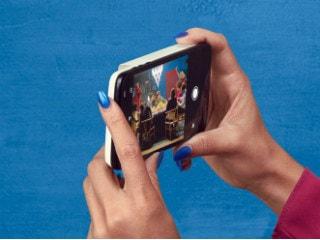 Moto Z Series Gets Polaroid's Insta-Share Printer Mod