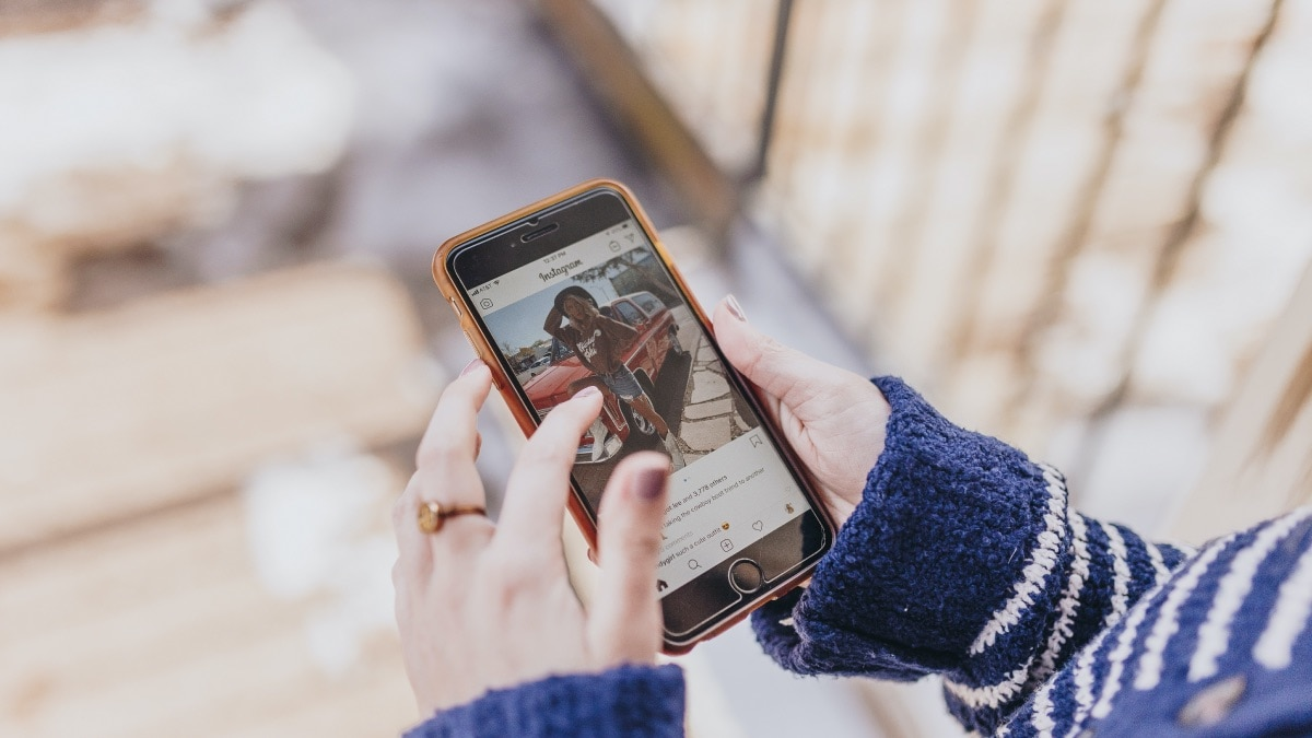 How to Download Instagram Stories and Videos