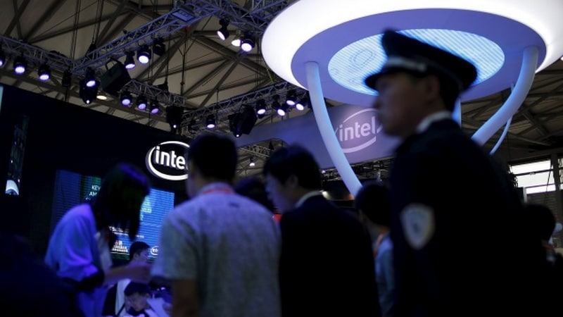 Intel admits Meltdown/Spectre patches cause server reboots