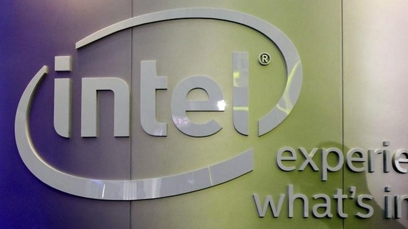 Intel Data Centre Sales Surge, Warns of Potential Security Flaw Fallout