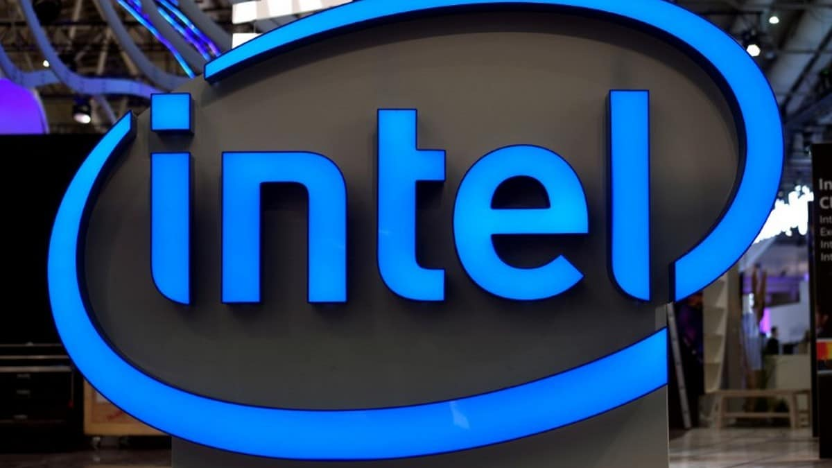 Intel Says Prepared to Work With Third Point Hedge Fund on Business Focus