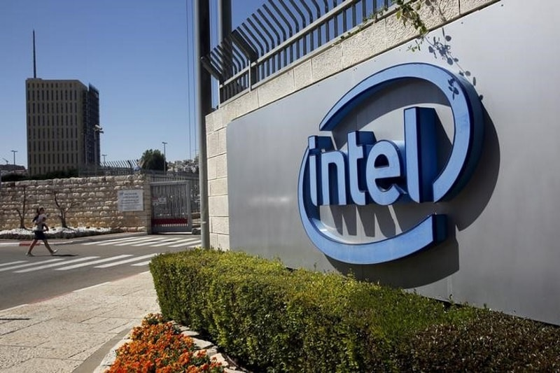 Intel CEO Says Chip Flaw Damage Contained by Industry, 90 Percent Chips to Be Patched in Coming Days