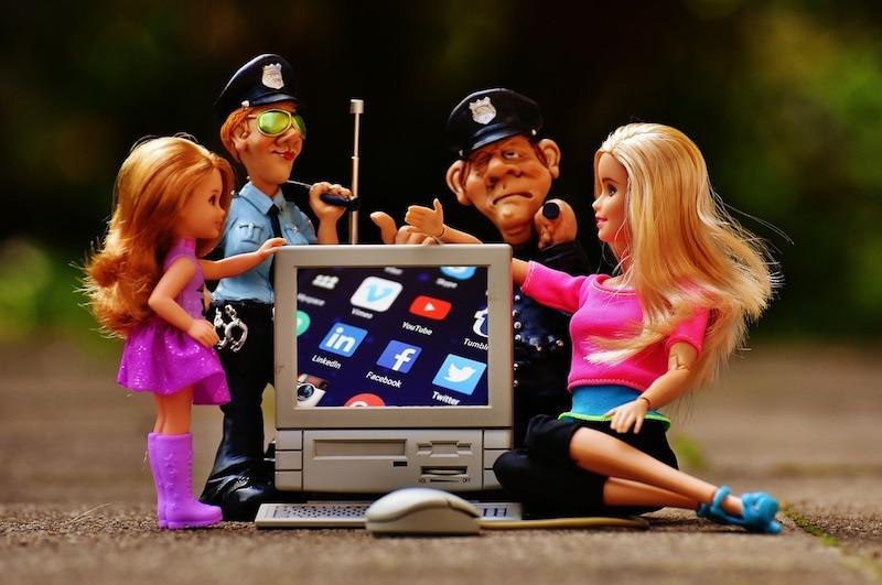 internet censor toy pixabay Internet