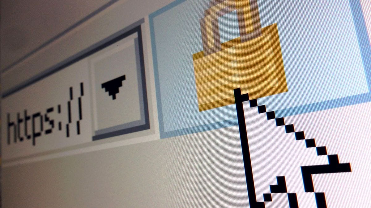 Russia Plans 'Sovereign Internet' Tests to Combat External Threats