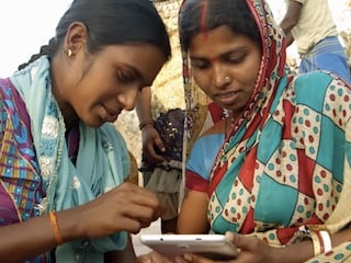 Google's Internet Saathi Digital Literacy Programme Reaches 100,000 Villages in India