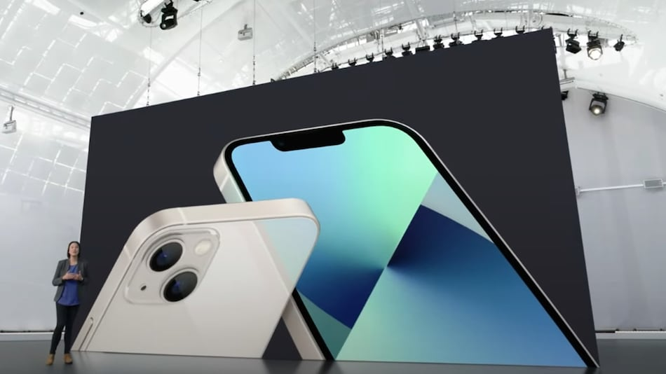 iPhone 13, iPhone 13 Pro, iPhone 13 Pro Max, iPhone 13 mini Pre-Orders in India Going Live Today: Price, Offers