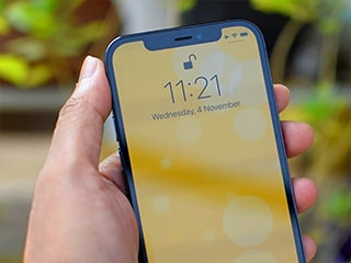 iPhone 13 Face ID Tech May Work With Masks, Foggy Eyeglasses; Apple Reportedly Testing on Employees