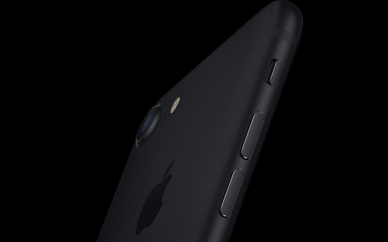 iPhone 7 Allegedly Burns Woman While Sleeping