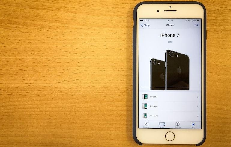 धीमा हो गया है आपका आईफोन? इसके पीछे है ऐप्पल का हाथ