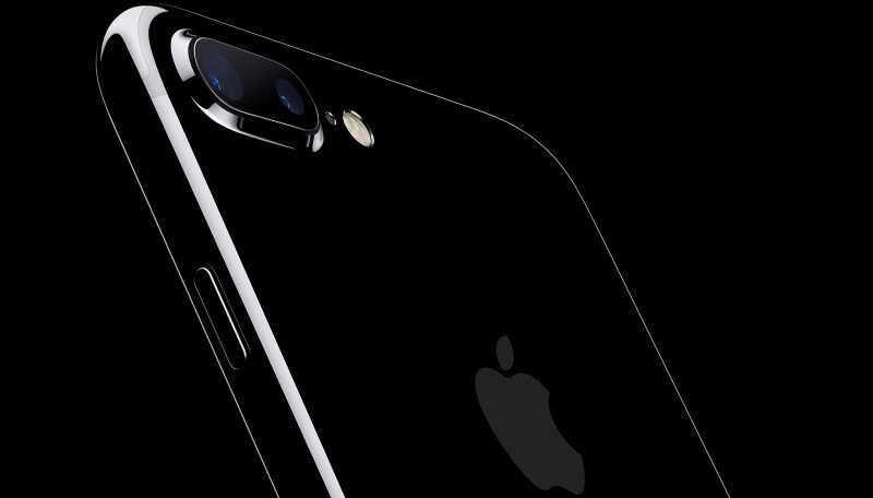 आईफोन 7 प्लस, एचटीसी डिज़ायर 10 प्रो पर मिल रही है छूट