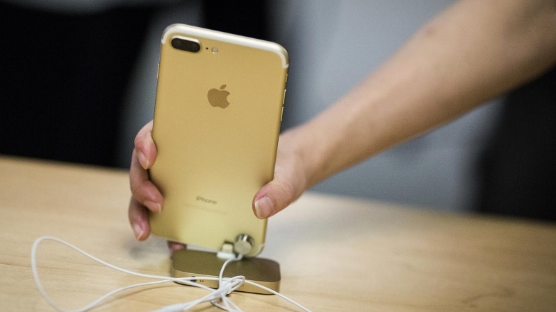 Apple Set to Begin Making iPhones in India by April-End