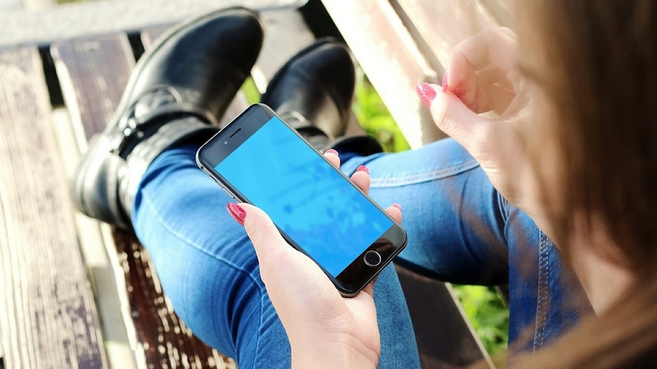GST Council Raises Tax on Mobile Phones to 18 Percent From 12 Percent
