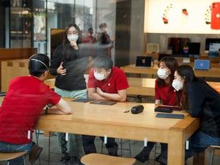 Huawei to Suffer as Coronavirus Hammers China Phone Sales: Counterpoint