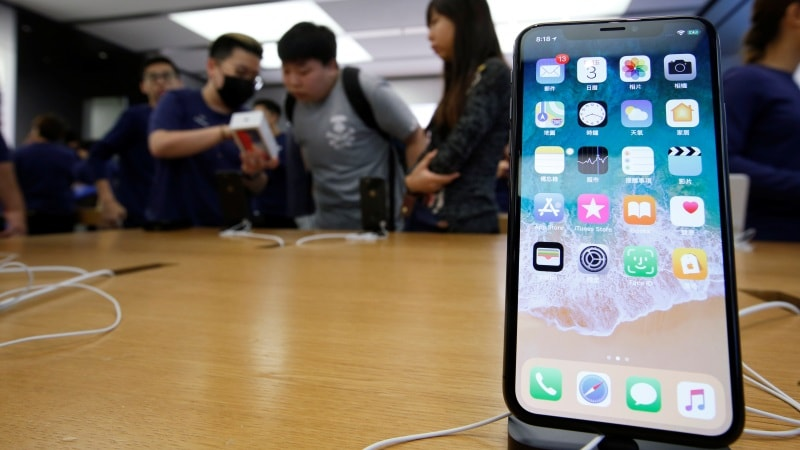 iPhone X Unavailability Pulls Down Apple Smartphone Market Share: Kantar