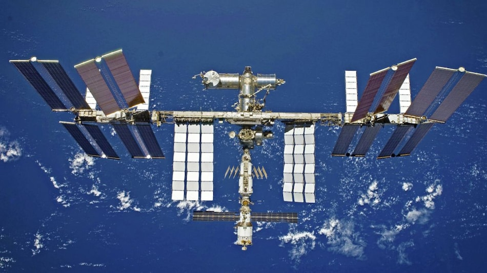 Russia Plans to Withdraw From ISS, Hopes to Launch Its Own Orbital Space Station in 2025