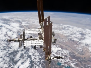 NASA Plans Emergency Spacewalk on ISS on Tuesday