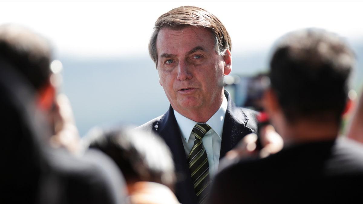 Facebook, Instagram Remove 'Misinformation' Video From Brazil President Questioning Virus Quarantine