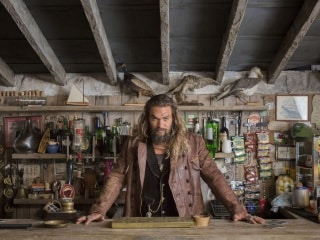 Aquaman Star Jason Momoa in Talks to Join Denis Villeneuve's Dune: Report
