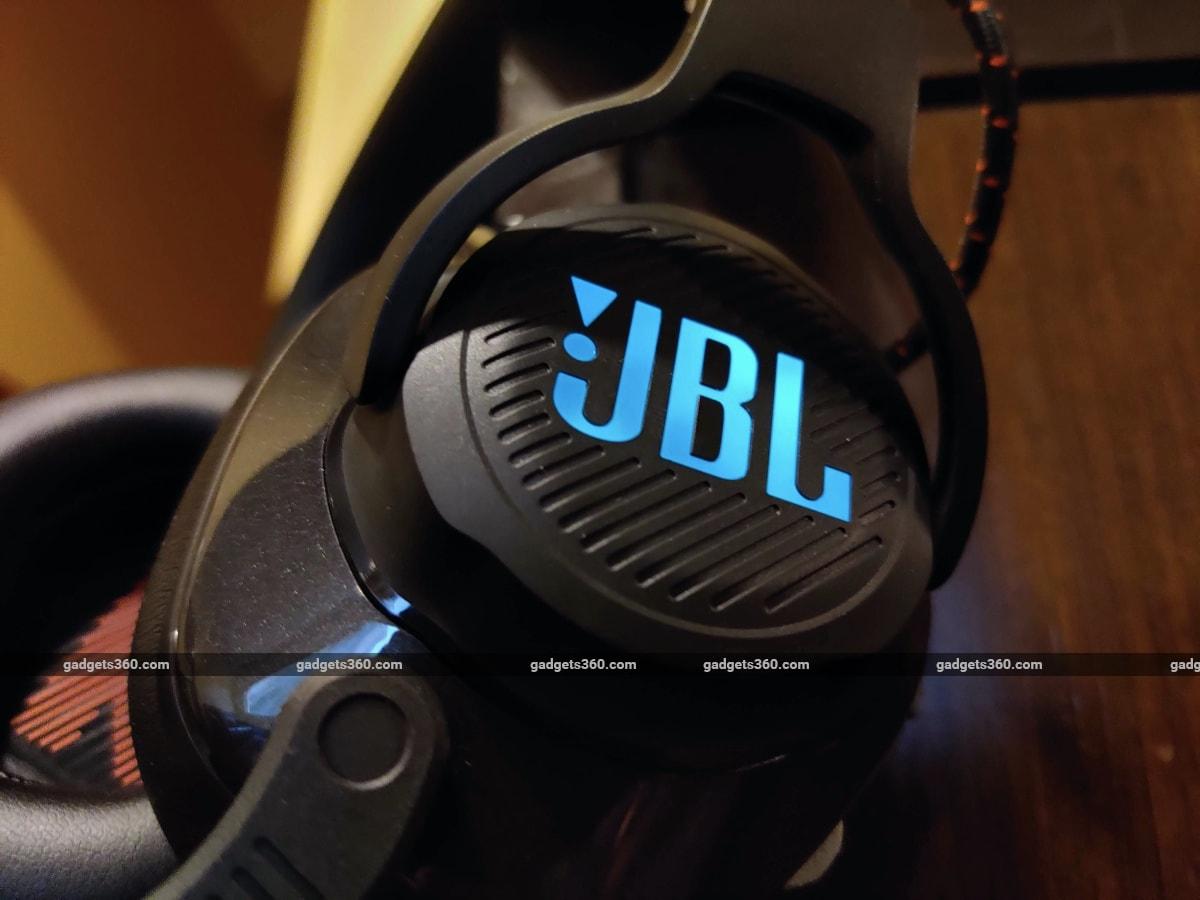 jbl quantum 600 review logo JBL  JBL Quantum 600
