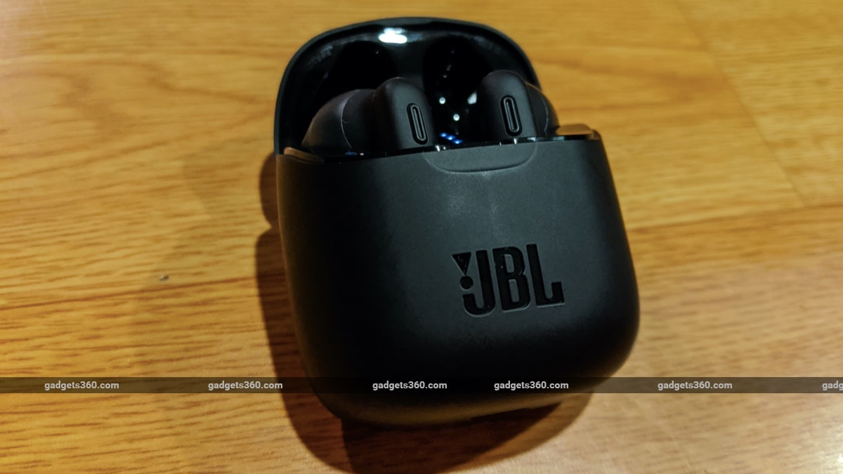 jbl tune 225tws review case JBL JBL Tune 225TWS
