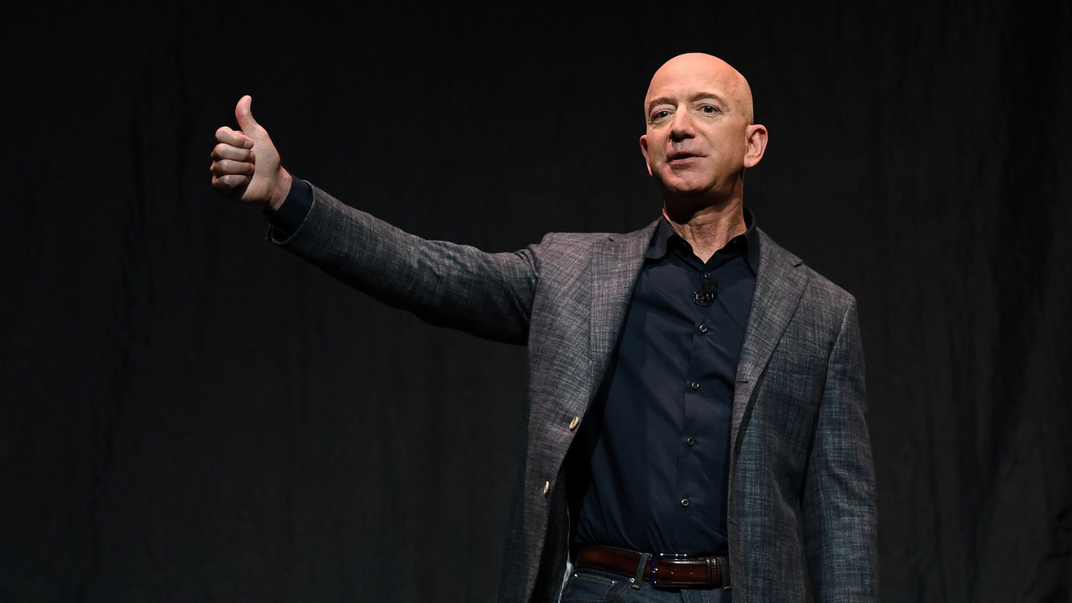 Jeff Bezos, Amazon CEO, Buys Los Angeles-Area Estate for a Record $165 Million