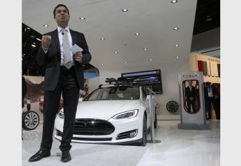 Tesla Semi Electric Truck Chief Jerome Guillen Leaves Company
