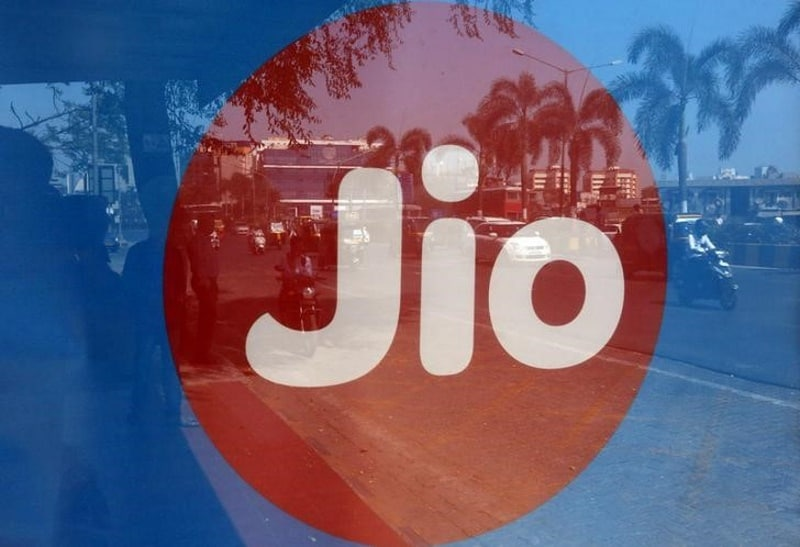Reliance Jio Offers Up to 25GB Additional Data to Intex 4G Smartphone Users