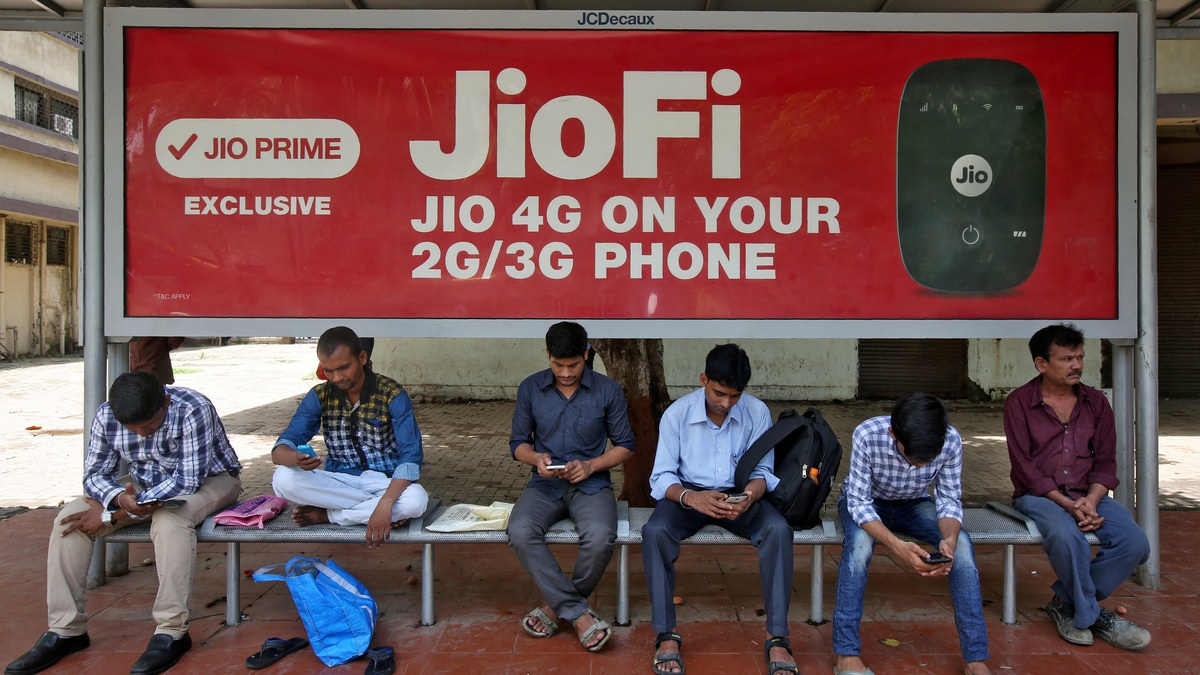 Jio Overtakes Airtel to Become No. 2 Telecom Operator in India