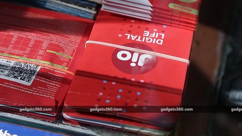 Jio 398 रुपये के रीचार्ज पर दे रही है 700 रुपये तक कैशबैक