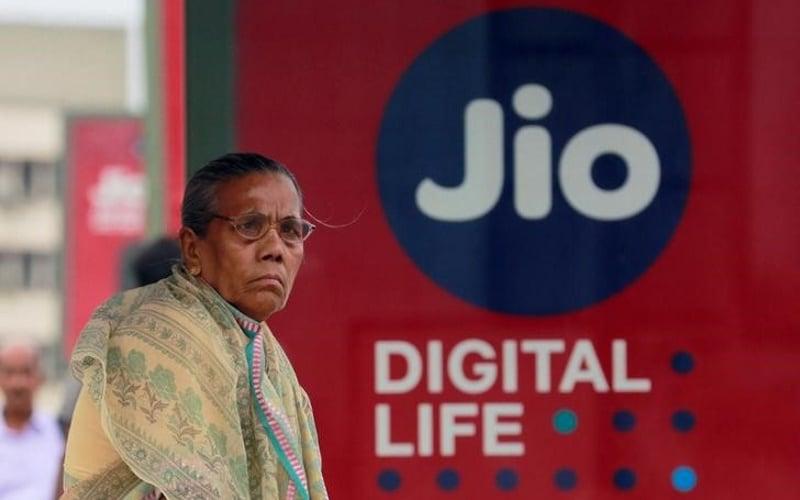 Reliance Jio ने किया दुनिया का सबसे बड़ा मोबाइल डेटा नेटवर्क होने का दावा