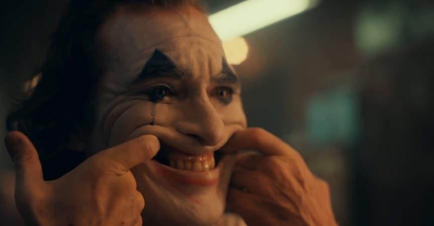 Joker Trailer — Joaquin Phoenix Is Driven Crazy in '80s Gotham City