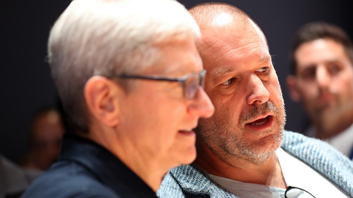 Apple Design Guru Jonathan Ive Has Left the Company