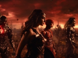 Justice League Snyder Cut Ends on a 'Massive Cliffhanger': Zack Snyder