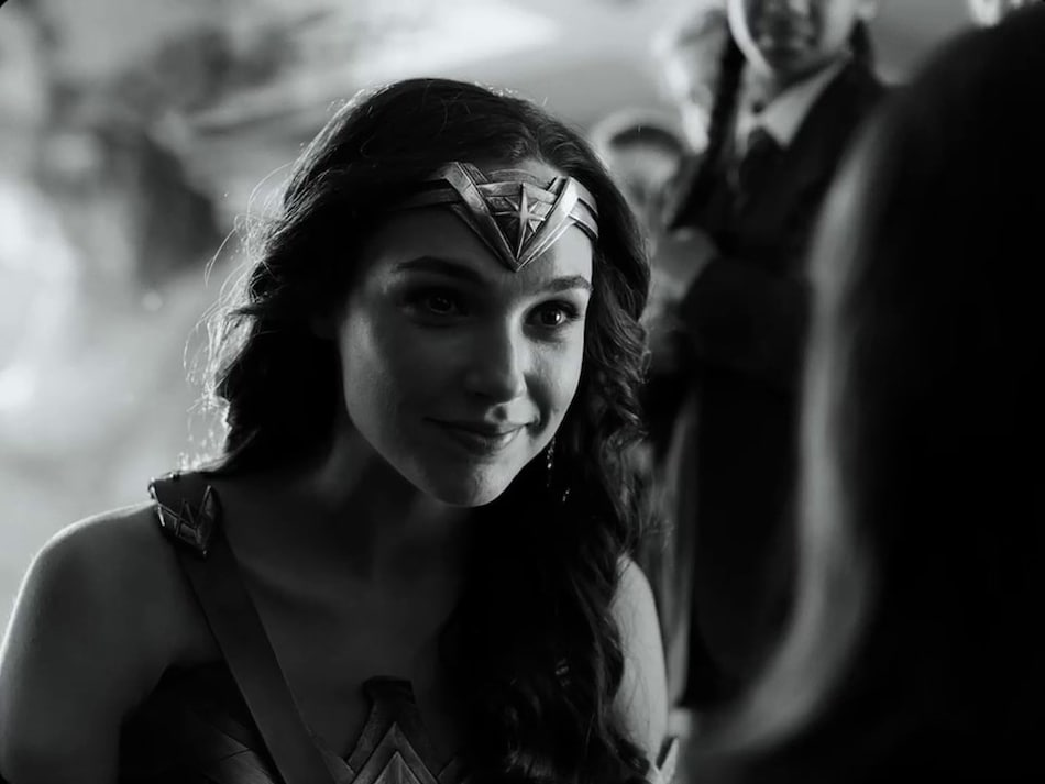 Justice League Snyder Cut Trailer Now in Black-and-White, With More Cyborg, Darkseid, and Hippolyta