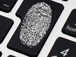 Aadhaar बायोमैट्रिक डेटा को ऑनलाइन ऐसे करें लॉक