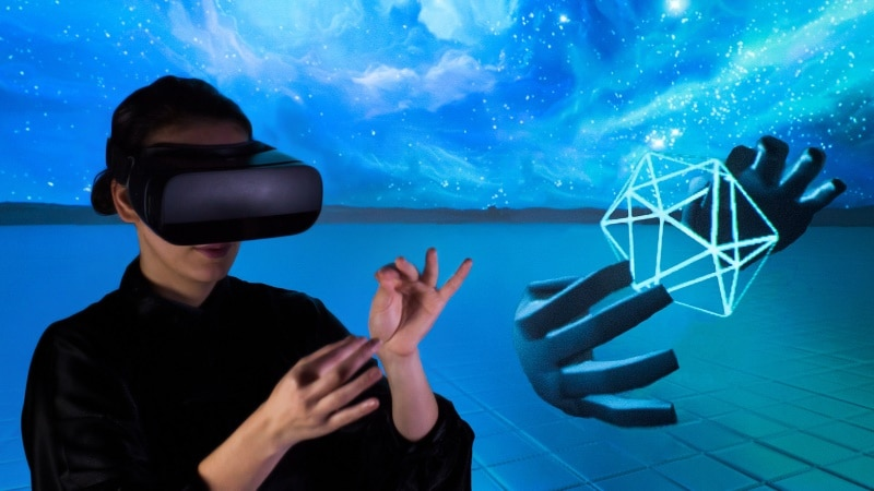 Leap Motion Brings Hand Tracking to Your Mobile VR Screen