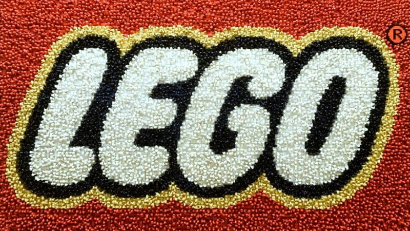 Lego Teams Up With Chinese Internet Giant Tencent