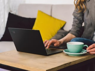 Lenovo ThinkPad X1 Carbon, X1 Yoga Refreshed With PrivacyGuard Feature to Block Screens From Prying Eyes