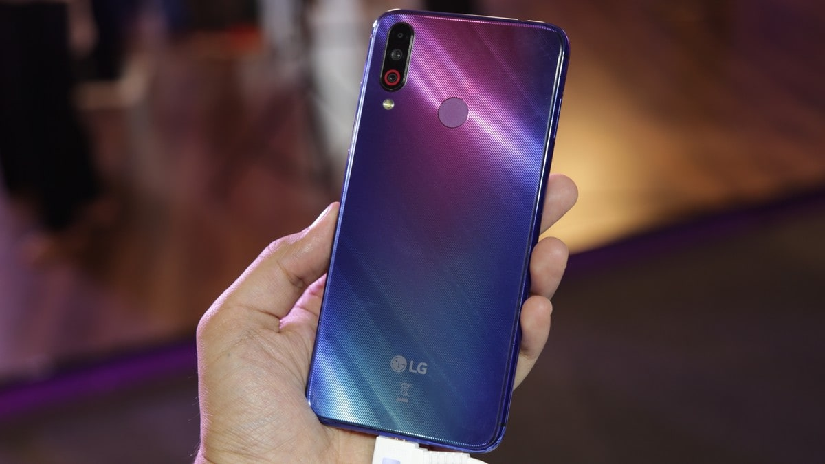 LG W Series First Impressions: Hands On With the LG W10 and LG W30
