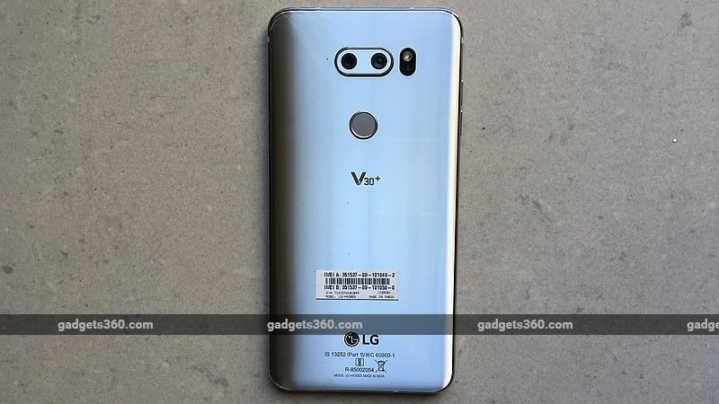 lg v30 back gadgets 360