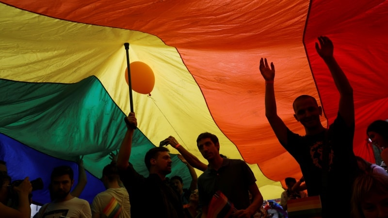 Businesses ask Supreme Court to take gay rights case